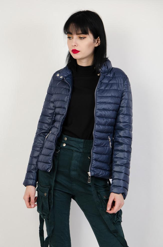 807e00e105fb Granatowa kurtka pikowana