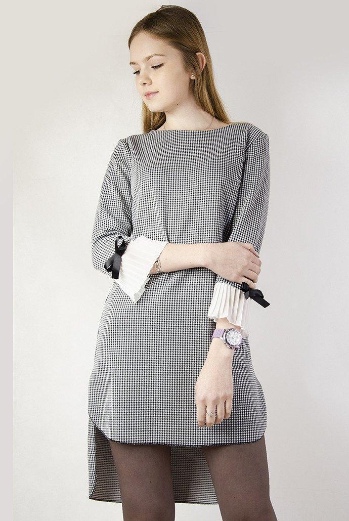7d2d0149a3 Asymetryczna sukienka w pepitkę z plisowaniem przy rękawie ...