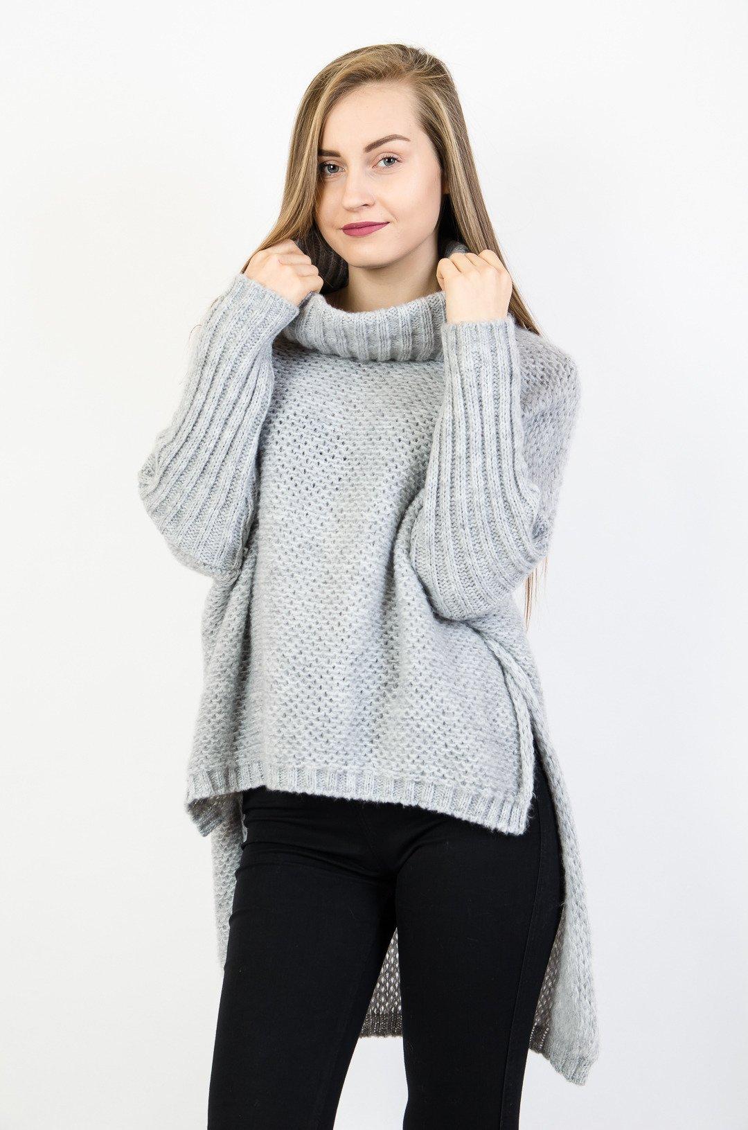 195d827093 Asymetryczny szary sweter oversize z golfem szary