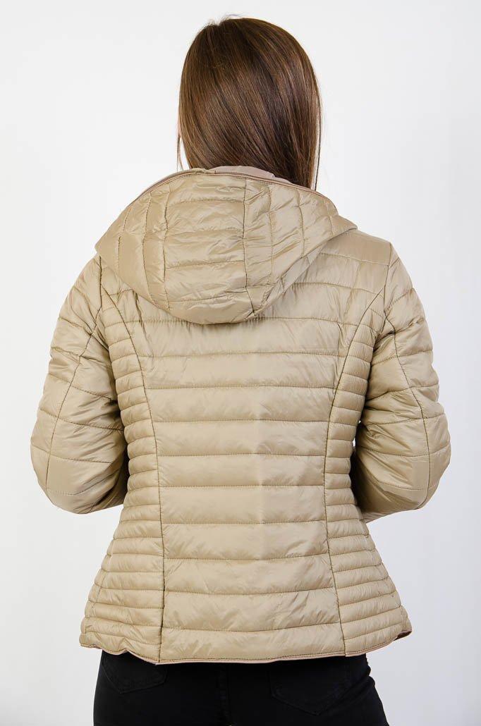 81a94efe12358 Beżowa pikowana kurtka z kapturem · Beżowa pikowana kurtka z kapturem ...