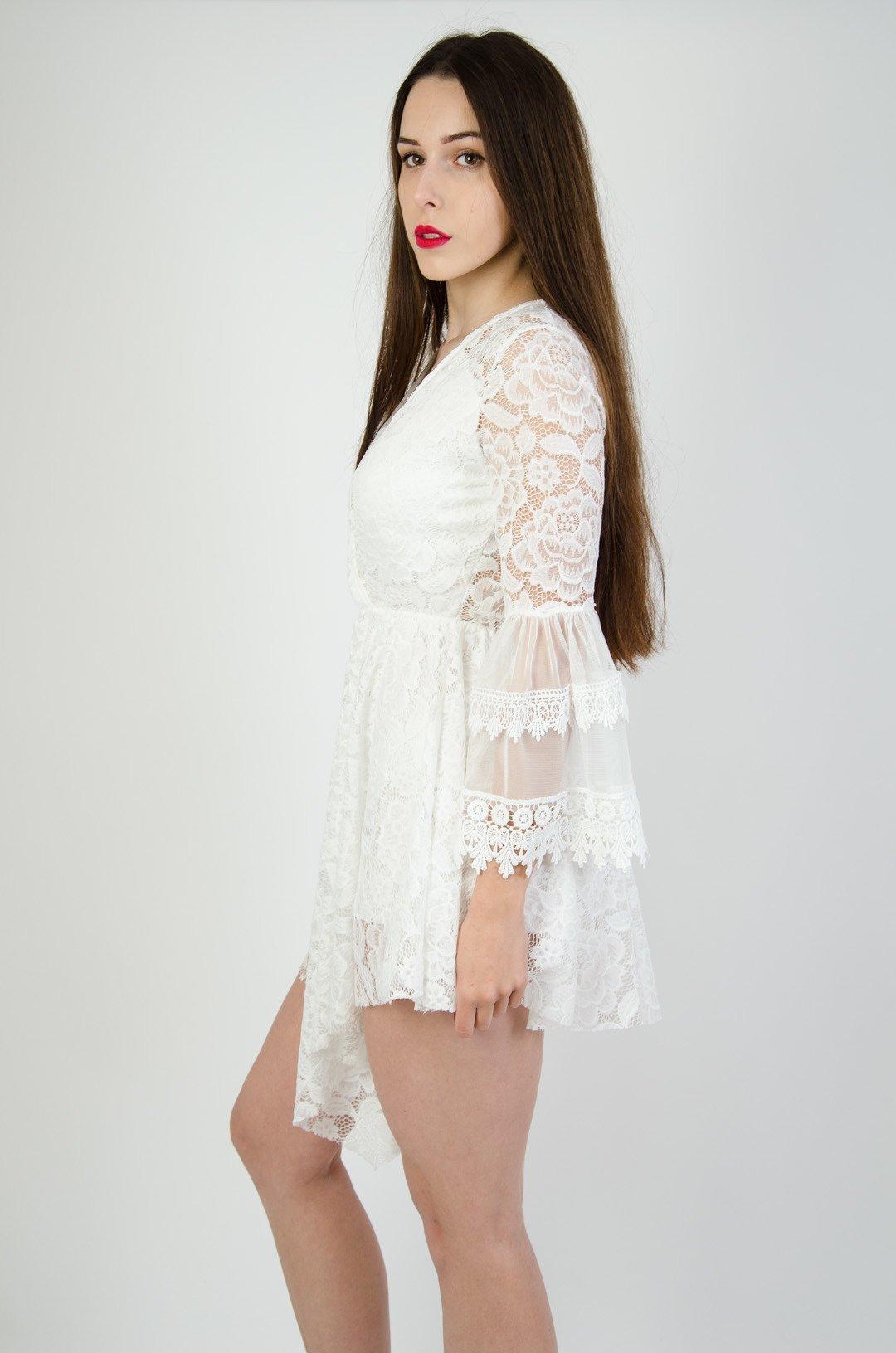5154fd7a30 Biała koronkowa sukienka z gumą w pasie ...