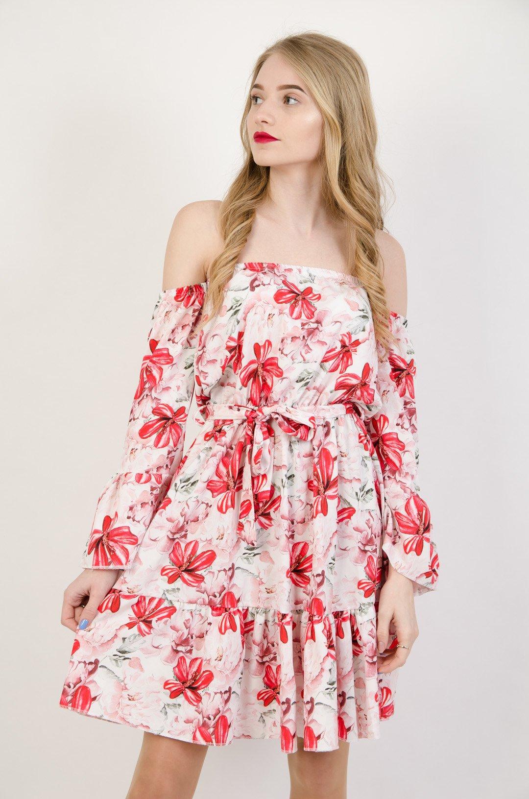 544b344fe1 Biała sukienka w czerwone kwiaty z odkrytymi ramionami ...