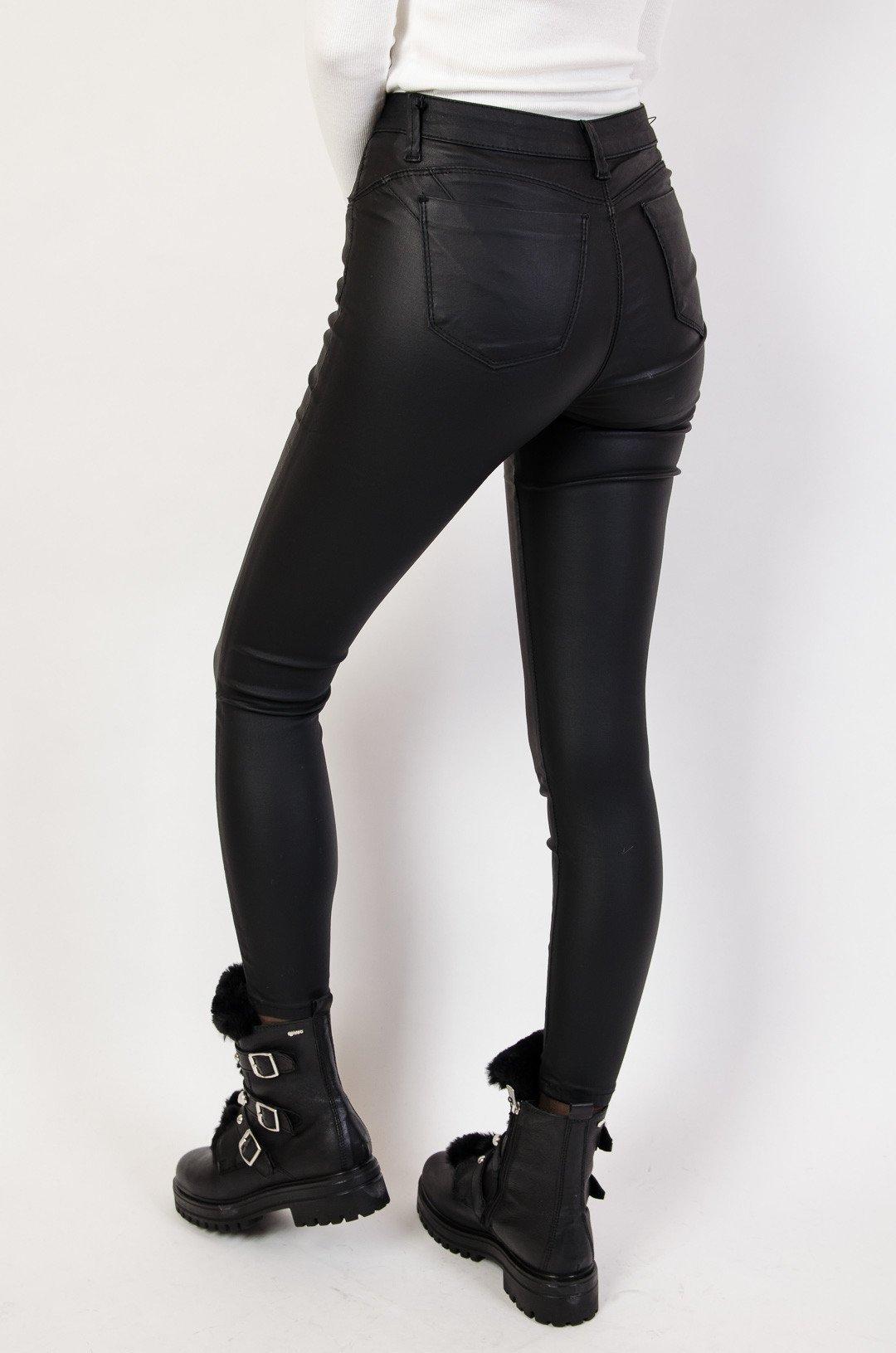 0671cd6a31672a Czarne spodnie skórkowe Push up | NOWOŚCI KOLEKCJA \ Spodnie ...