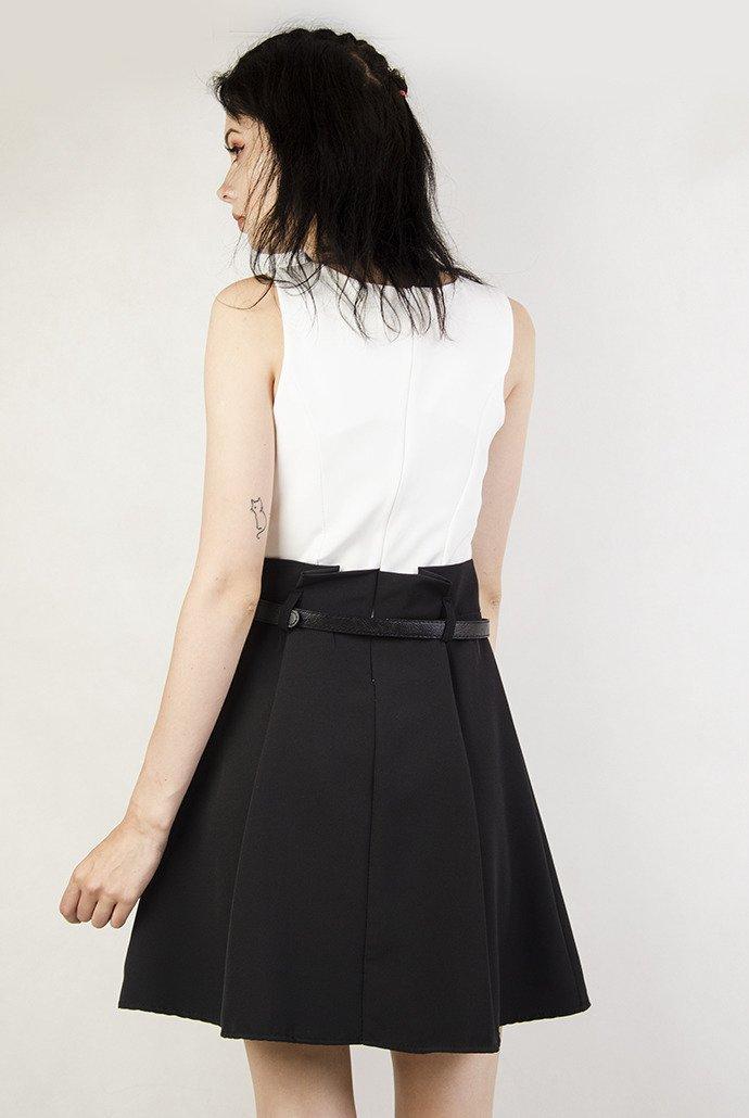 Elegancka czarno biała sukienka
