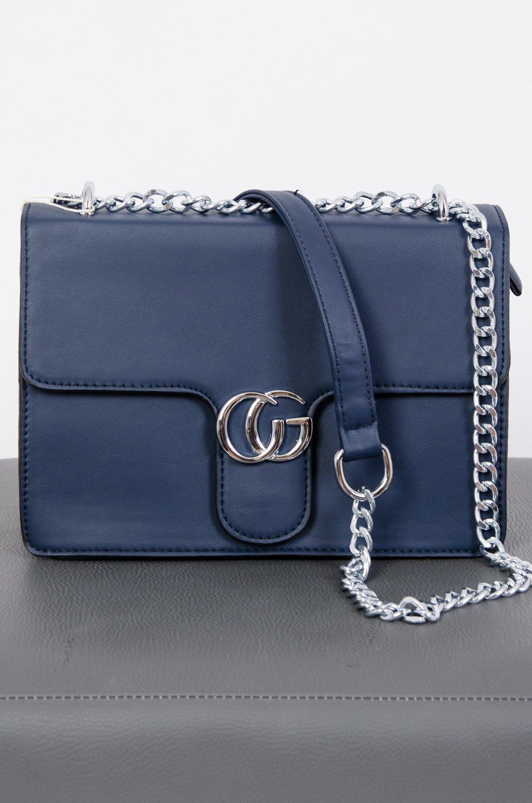 84f573da4 Granatowa torebka typu kuferek ze srebrnym łańcuszkiem granatowy | NOWOŚCI  KOLEKCJA \ AKCESORIA \ Torebki - Olika