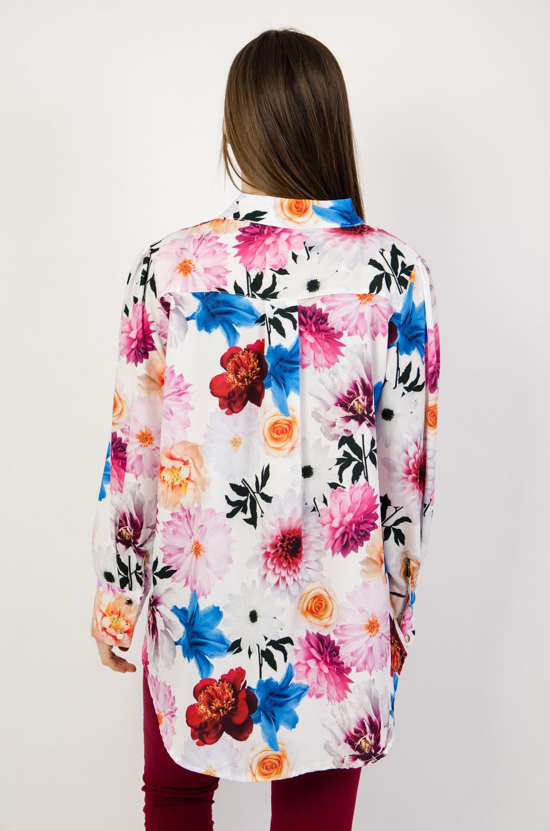 eabd6cc7e30e ... Koszula w kwiaty z wiązaniem przy szyi ...