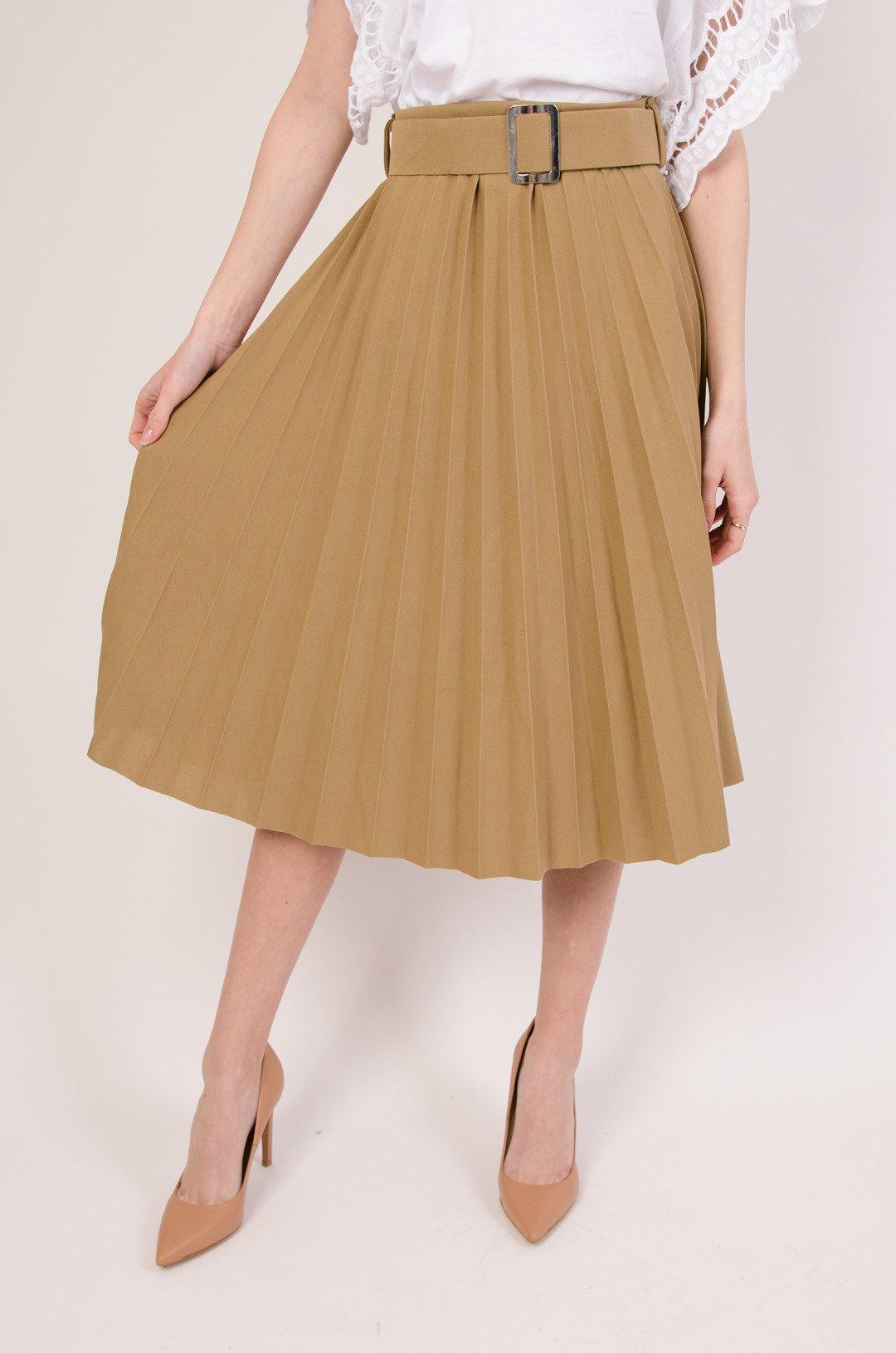 Plisowana spódnica z paskiem w kolorze brązowym