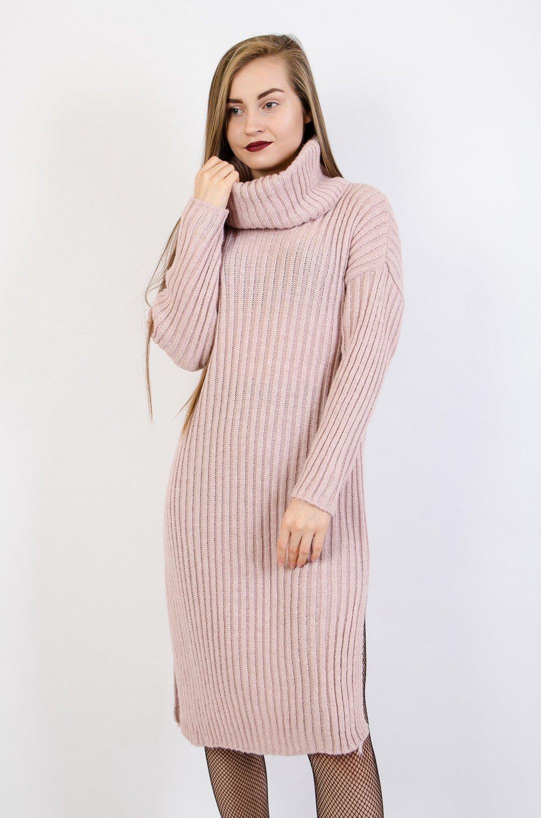 ca81f7f66d1435 Różowa sukienka maxi z golfem oraz rozcięciami po bokach różowy   NOWOŚCI  KOLEKCJA \ Swetry KOLEKCJA \ Sukienki WYPRZEDAŻ % - Olika