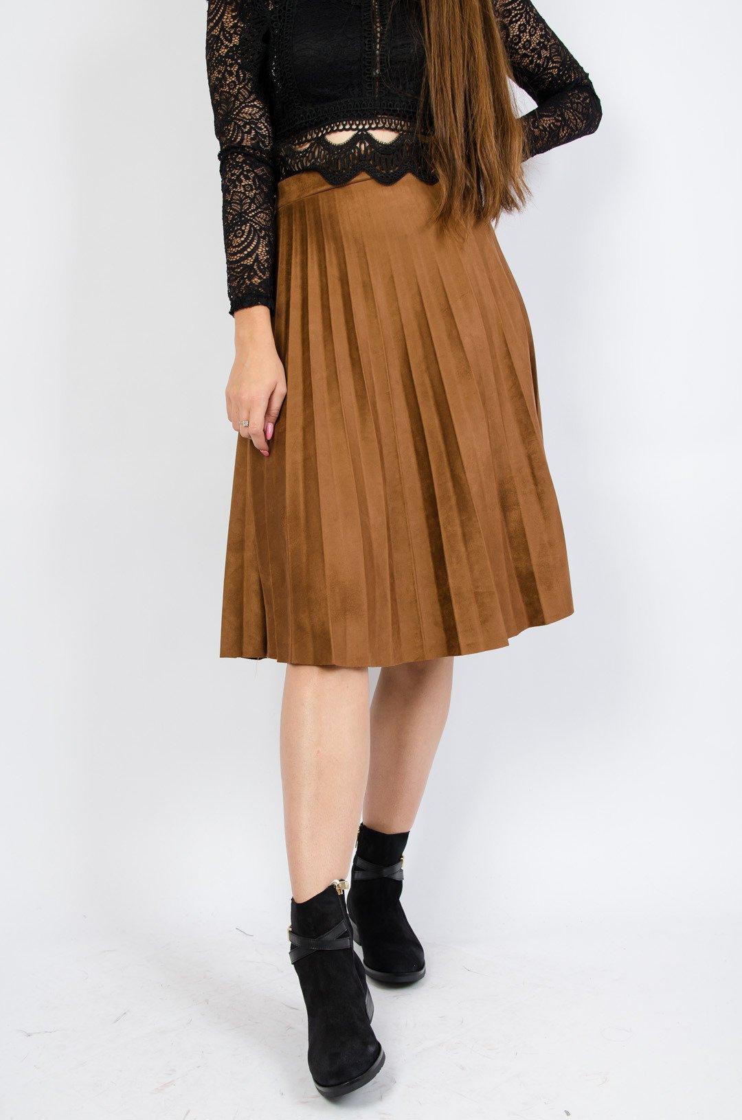 Zamszowa spódnica plisowana