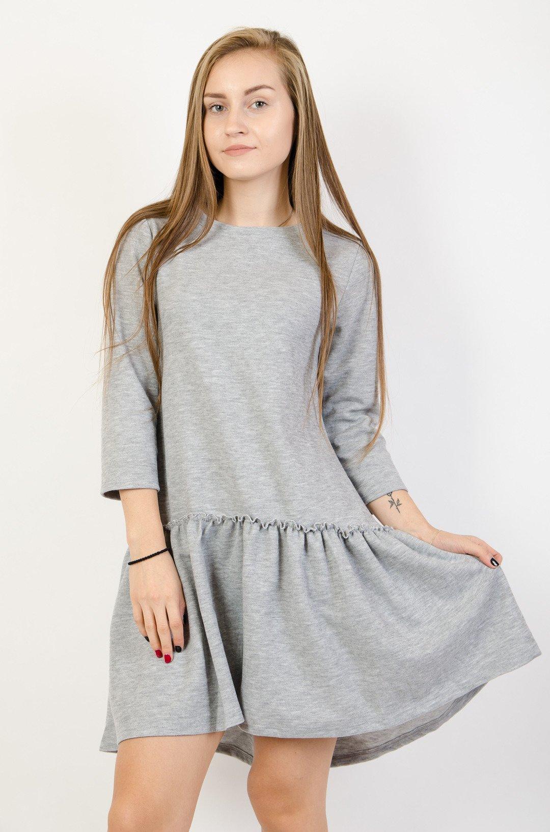 2e8d0e0da70f Szara dzianinowa sukienka z rozkloszowanym dołem szary