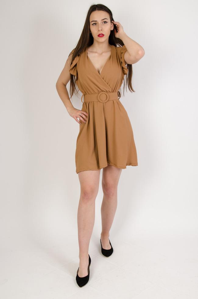 bdcf7f5610 Brązowa sukienka z dekoltem w serek oraz falbanką w rękawie