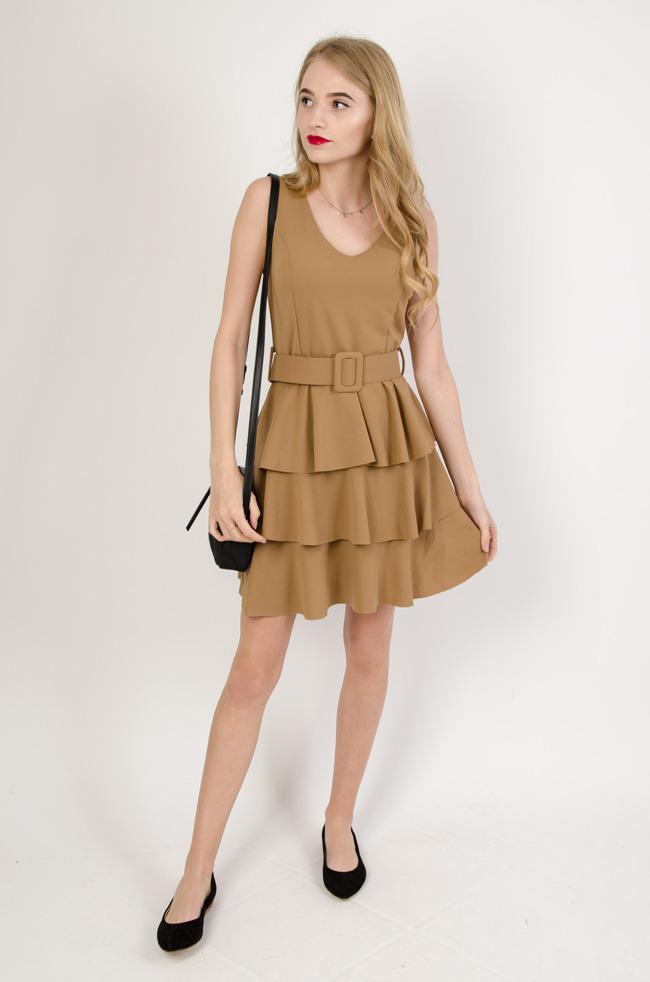 e3f605e79a Brązowa sukienka z warstwowymi falbanami