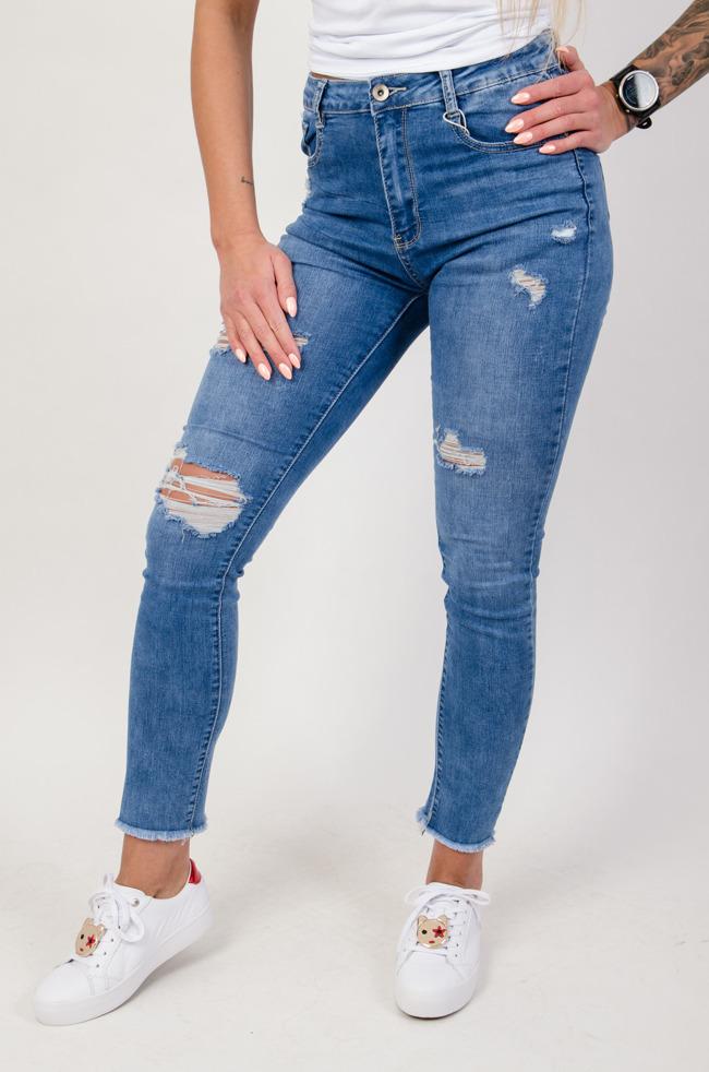 025c407bea0d Spodnie jeansowe plus size z przetarciami oraz szarpaniami