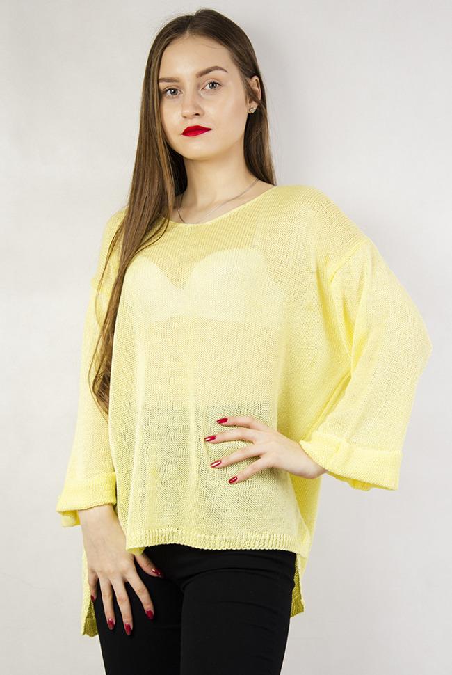 f2d5dbdf859f Żółty sweter z dekoltem w serek